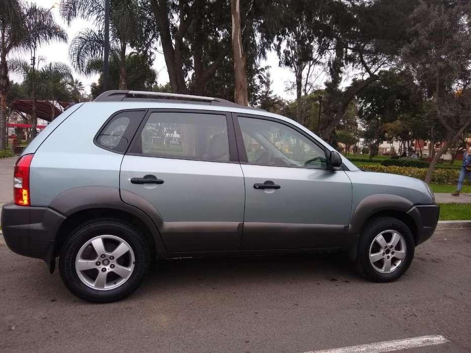 Hyundai Tucson 2009 - 105000 km