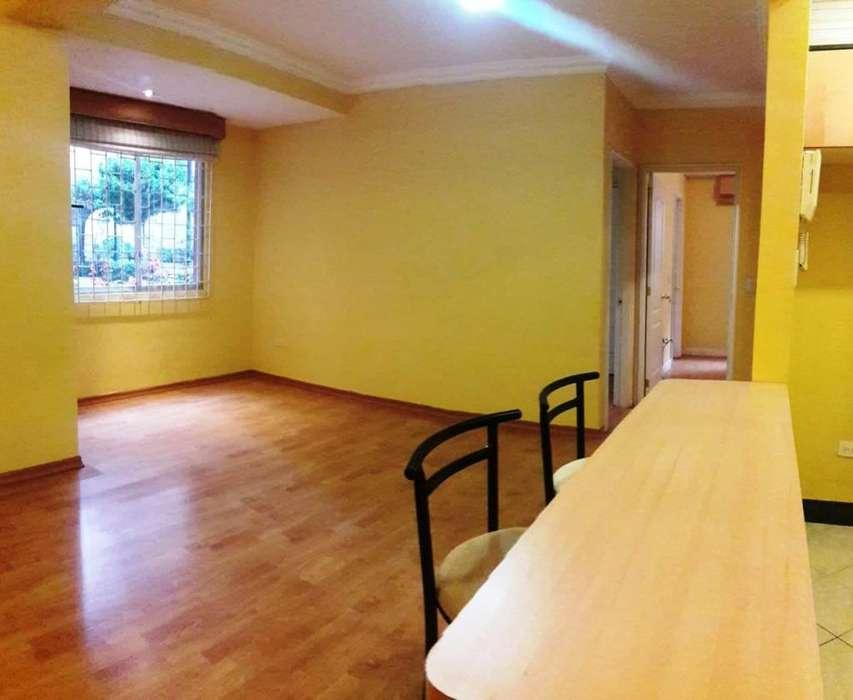 Venta Precioso departamento - dos dormitorios – Cerca de UDLA, Norte de Quito, Granados