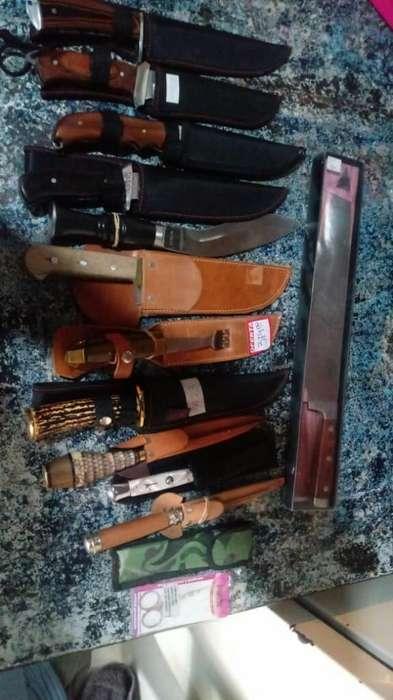 Cuchillos de Campo de Asero Muy Buenos