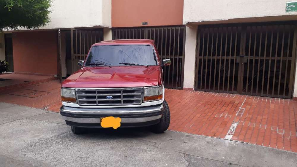 Ford Bronco 1994 - 117825 km