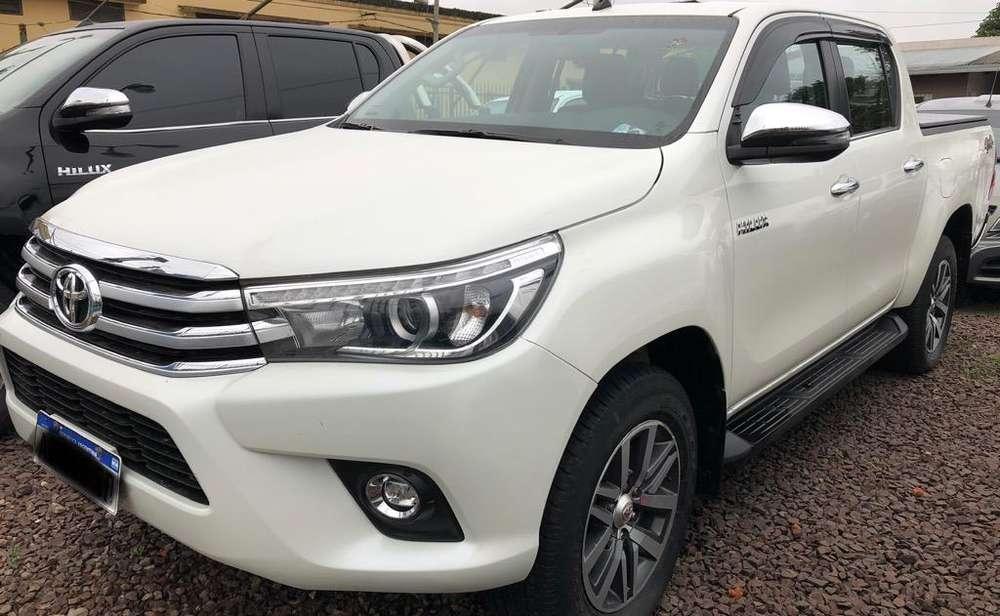 Toyota Hilux 2018 - 12000 km
