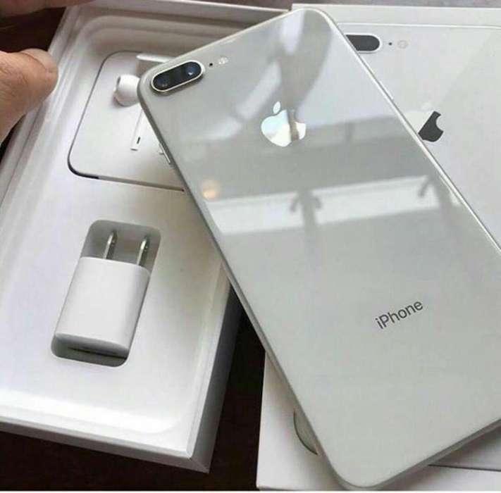 iPhone 8 Plus 64GB USADO con Garantía Local Comercial