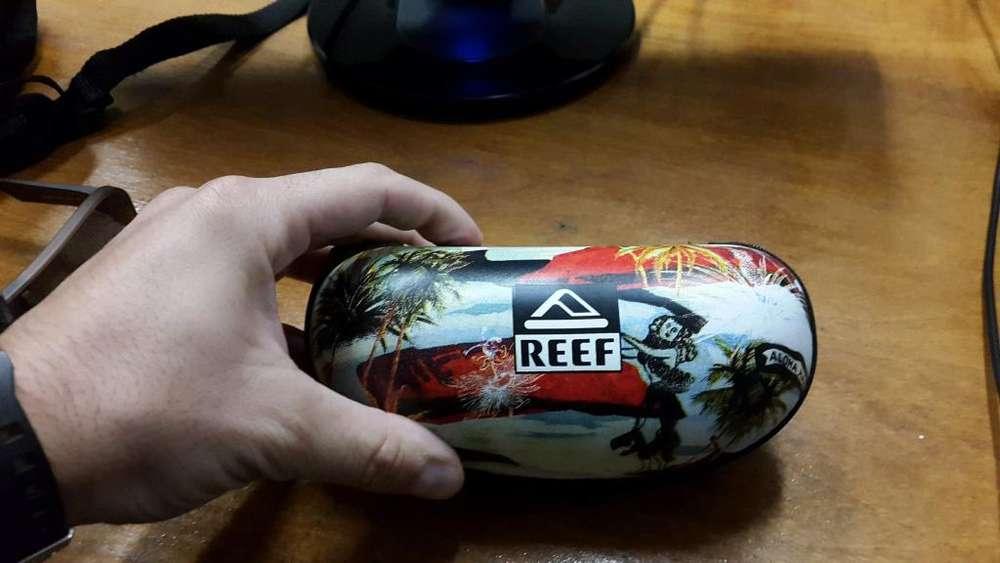 Lentes REEF Modelo Chipper Nuevos sin uso (se puede ver)