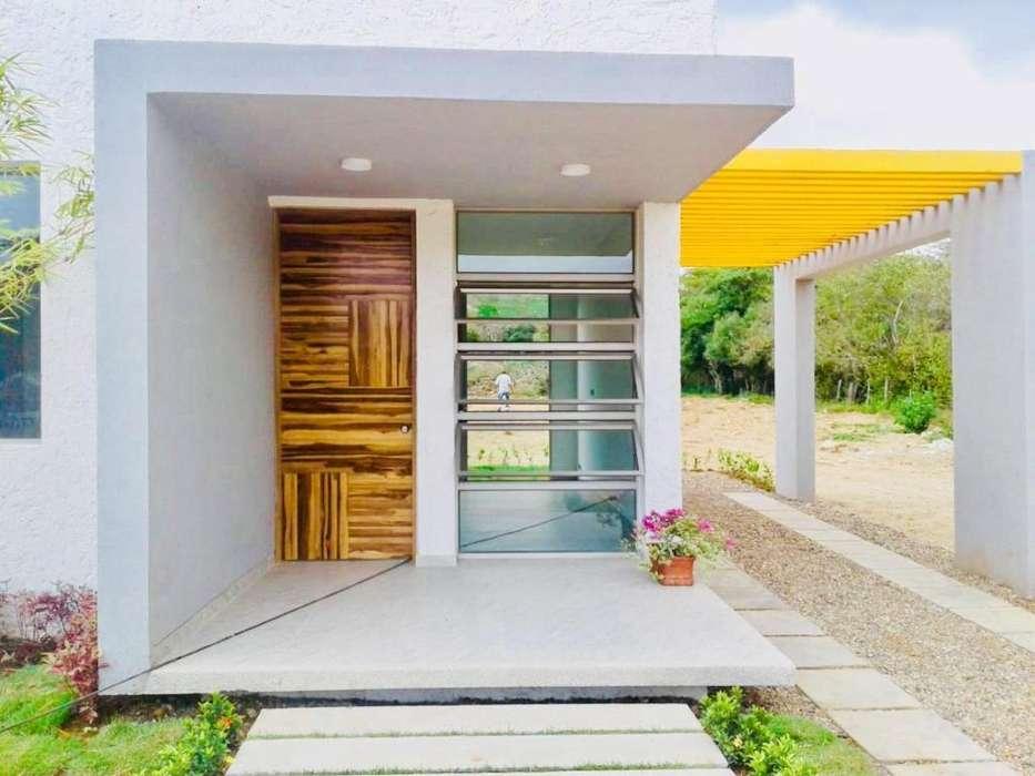 Casas con Area Social Cerca a Las Playas