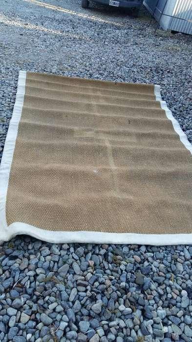 Vendo <strong>alfombra</strong> Tipo Yute de 3mx2m