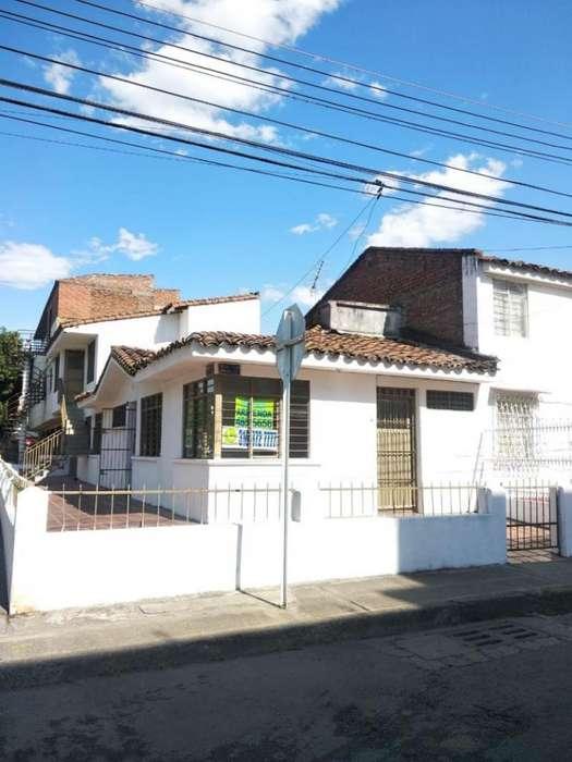 Casa En Arriendo En Cali Departamental Cod. ABBNC-88836