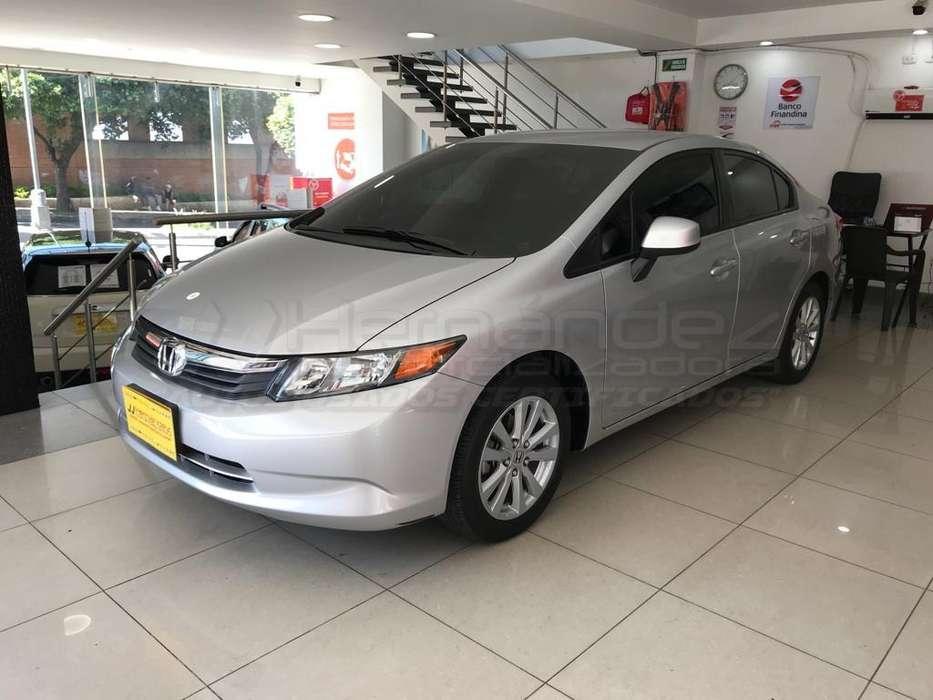 Honda Civic 2012 - 23200 km