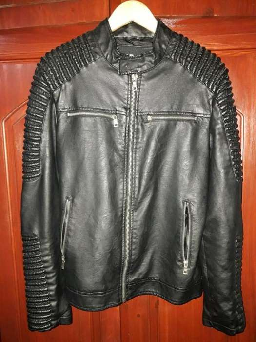 Campera Eco Cuero Modelo Exclusivo Entallado