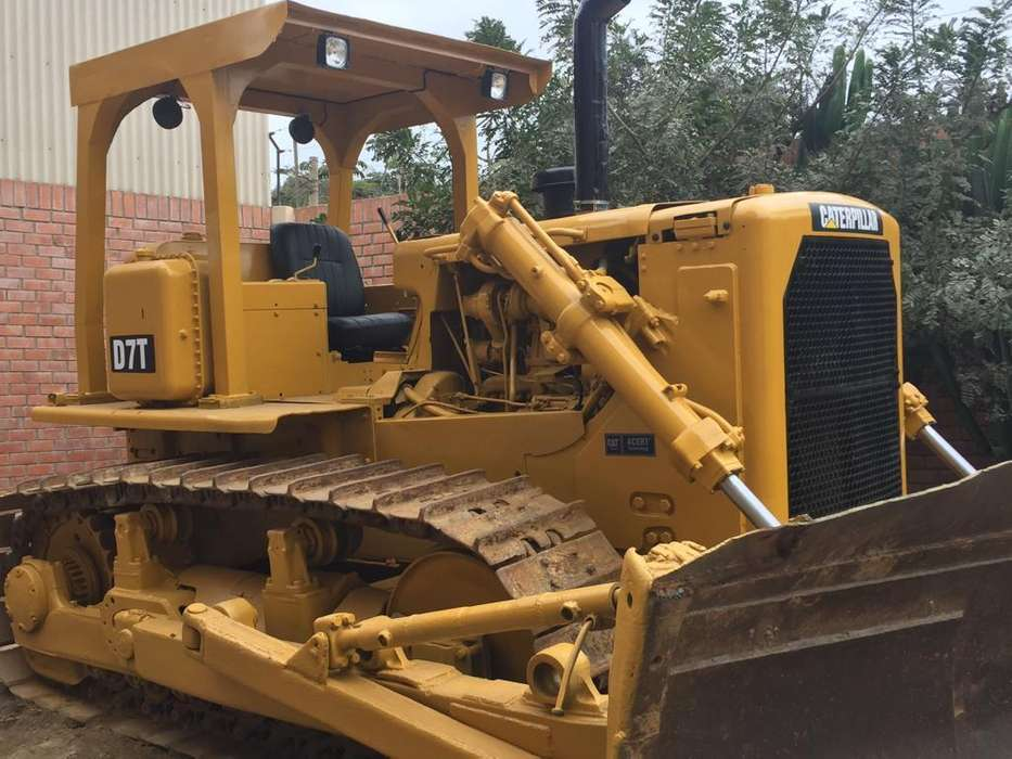 VENDO TRACTOR ORUGA CAT D7