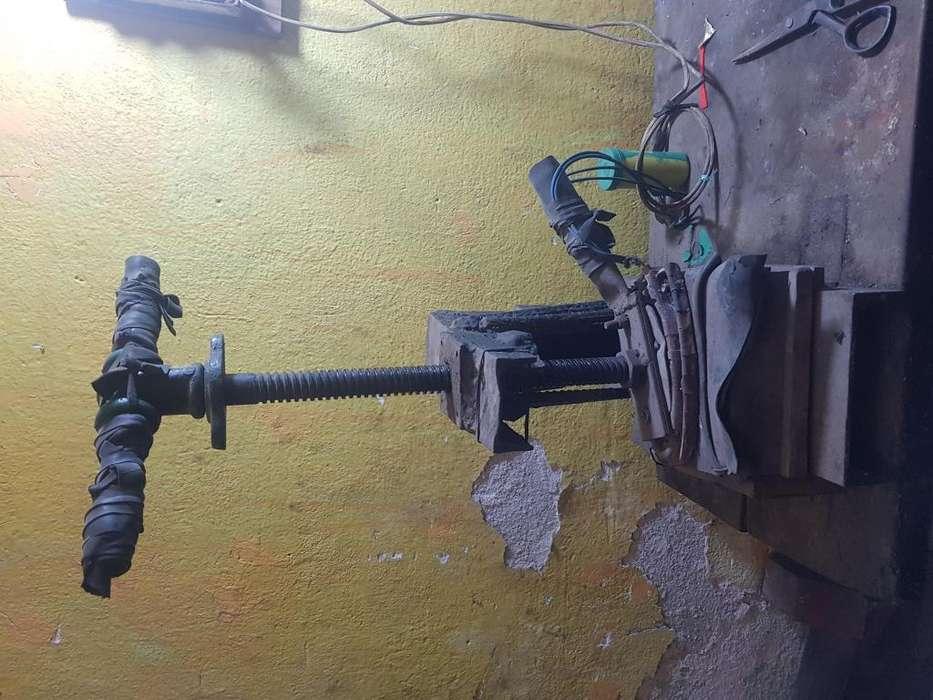 Vendo equipo para montallantas Inf 3186400061