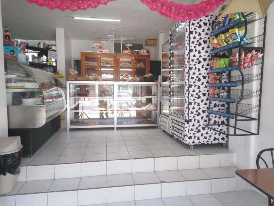 Vendo <strong>panaderia</strong> en exelentes condiciones 0995400831 0999040269