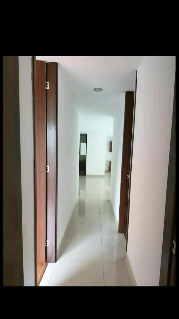 Apartamento en Venta Los Parra Medellin, El Poblado. Sin punto de comparación...