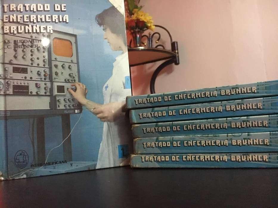 Colección de Manual De Enfermería Medicoquirúrgica