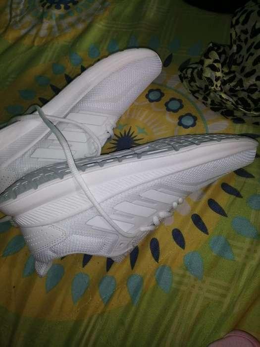 Vendo Adidas Runfacol Originales