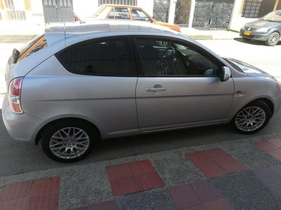 Hyundai Accent 2011 - 108000 km