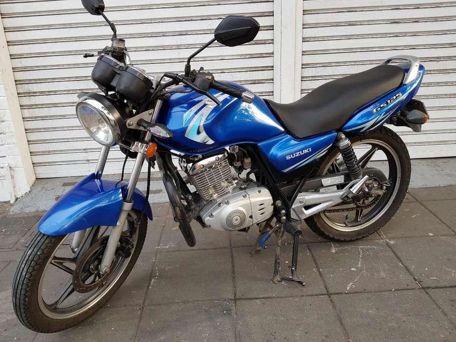 Suzuki Gs Modelo 2011 Papeles Largos