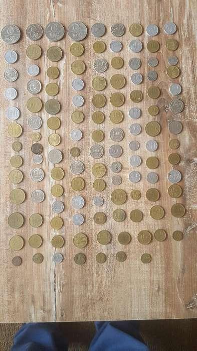 Lote de 130 Monedas Antiguas