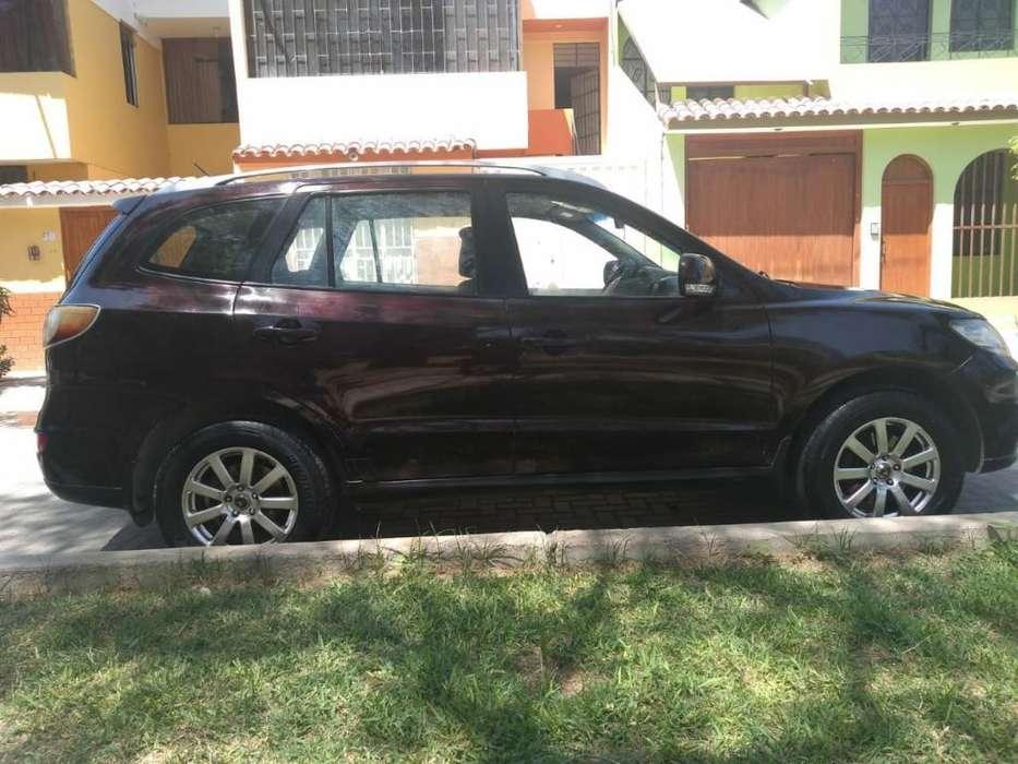 Hyundai Santa Fe 2010 - 130000 km