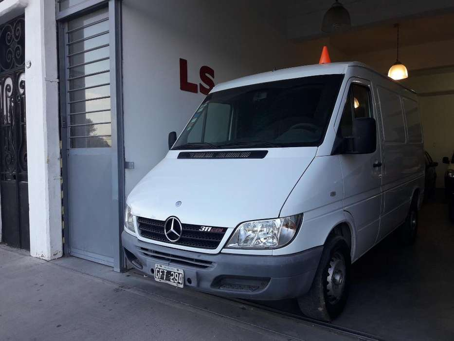 Mercedes-Benz Sprinter 2007 - 210000 km