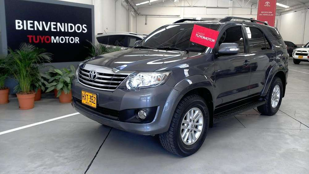 Toyota Fortuner 2014 - 109590 km