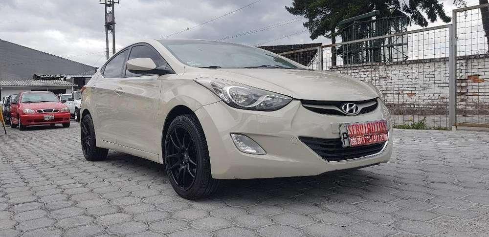 Hyundai Elantra 2012 - 134000 km