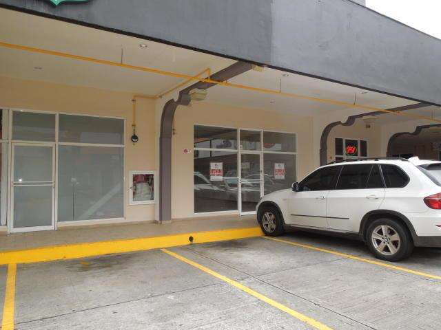 Se vende local comercial en Costa del Este -VH-19-7383