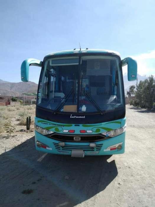 Vendo Mini Bus Hino