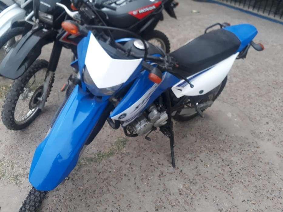 Yamaha Xtz 250 modelo 2011. Recibo tarjetas, moto y financio una parte nomas. Garantia mecanica