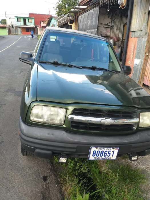 Chevrolet Tracker 2001 - 111111 km