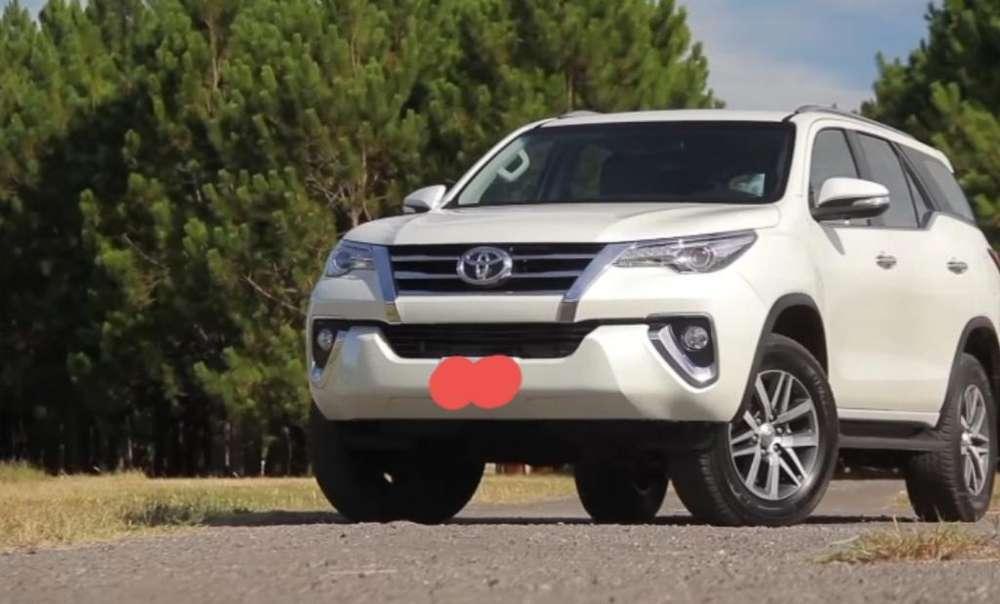 Toyota Hilux SW4 2019 - 0 km
