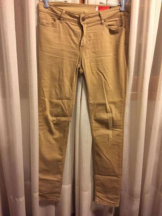 Pantalón color mostaza talle 28