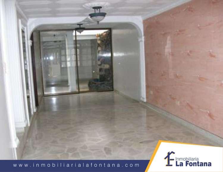 Cod: 1046 Arriendo Casa en el Barrio Ceiba