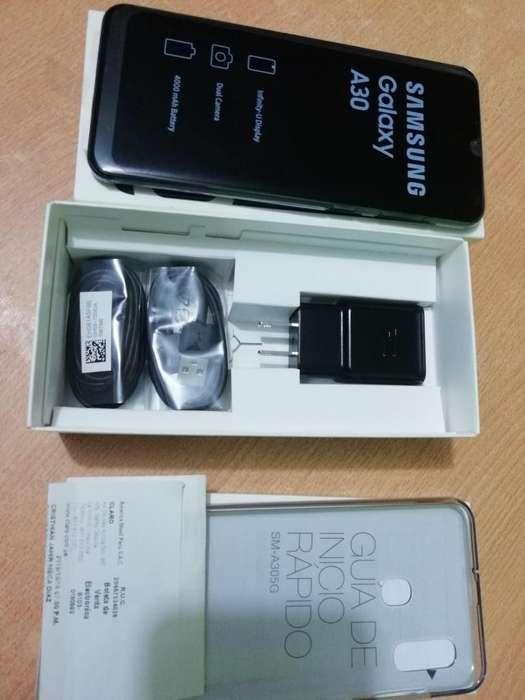 Vendo Samsung a30 nuevo comprado ayer en claro Cel 949373685