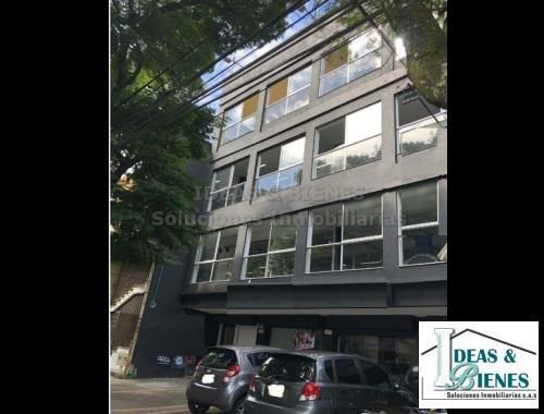 Edificio En Arriendo Medellín Sector Laureles: Código 875886
