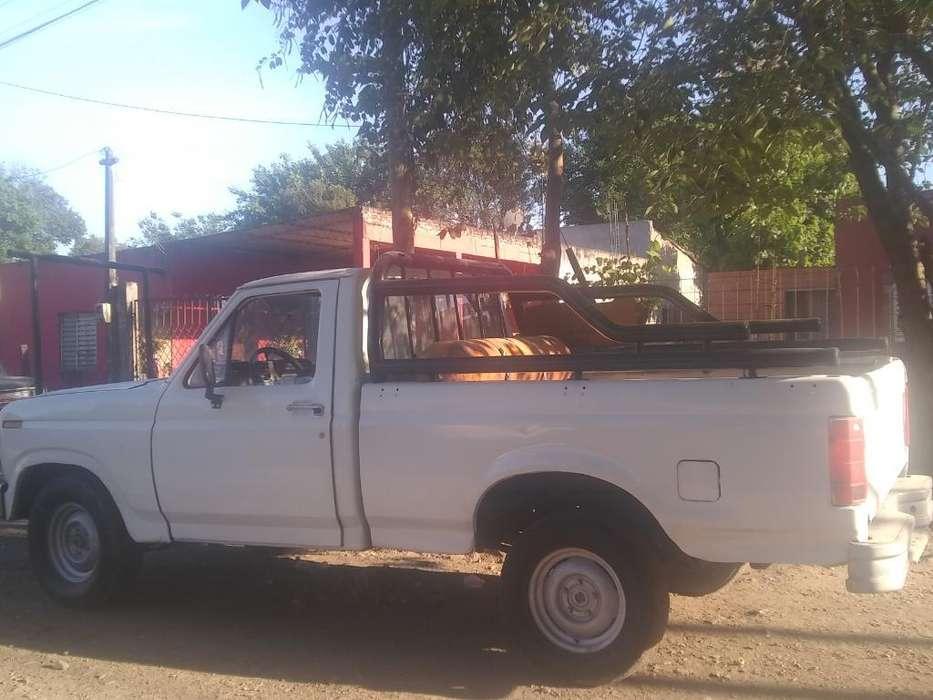 Vendo F100 Modelo 85 en Buen Estado