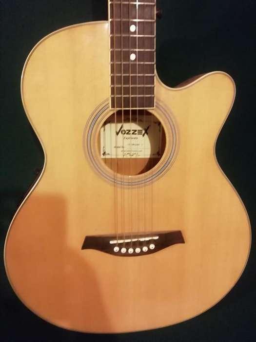 Vendo Guitarra Vozzex