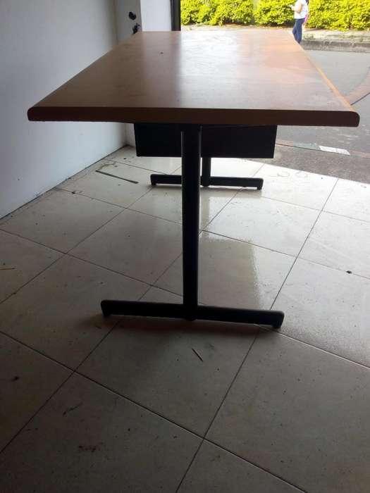Se Vende <strong>escritorio</strong> de Oficina