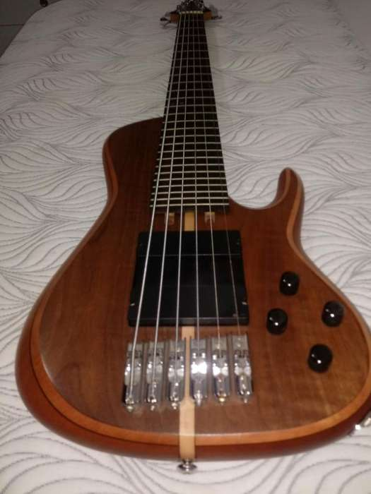 bajo Batan Luthier