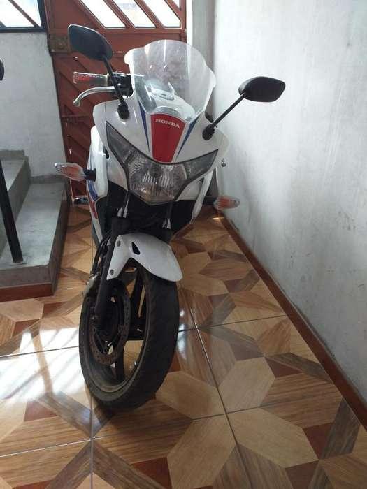 Vendo Moto Onda Cbr250 Comunlcarse con 9