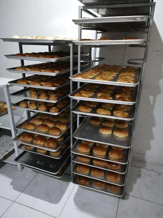 Se Solicita Panadero