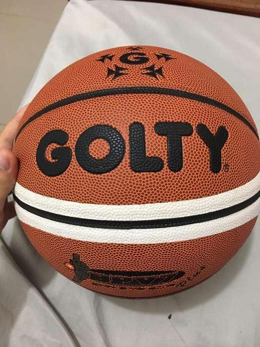 Un Balon de Baloncesto Golty