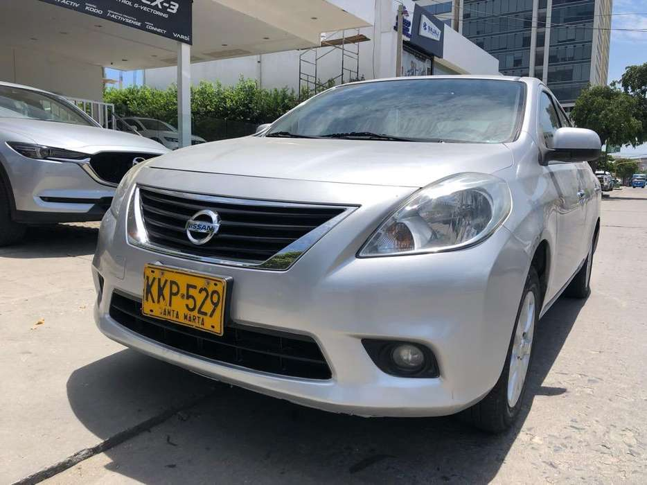 Nissan Versa 2014 - 55000 km