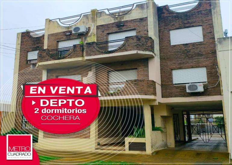 VENDEMOS DPARTAMENTO 2 DORMITORIOS CON COCHERA SOBRE CALLE URQUIZA