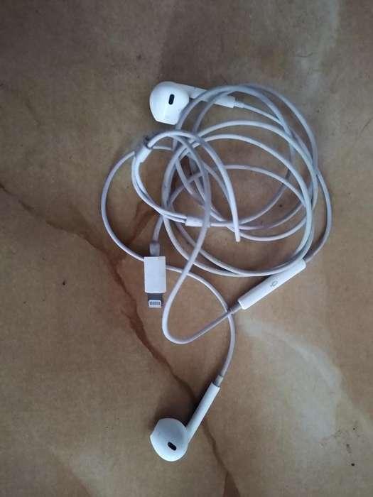 Vendo Audifono iPhone X