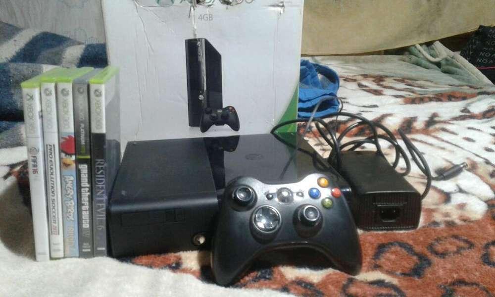 Vendo Xbox Original con 5 Juegos