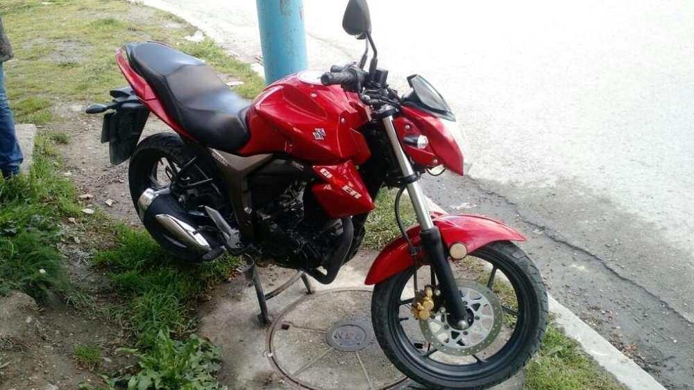 Moto <strong>suzuki</strong> Gixxer