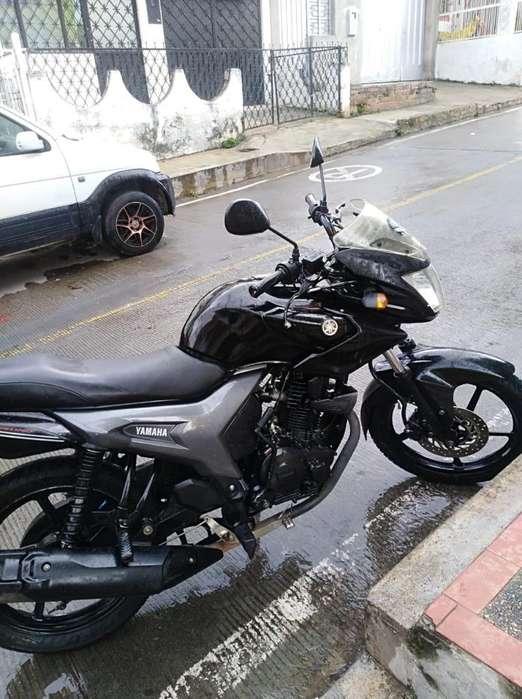 Vendo Hermosa Moto Szr 150 Todo Al Día
