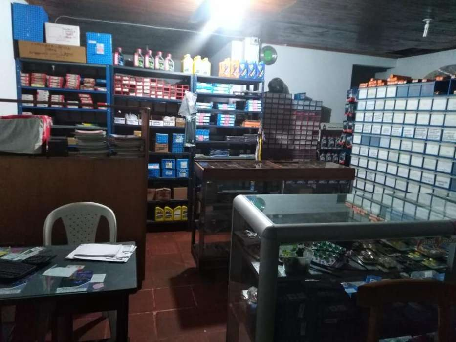 Vendo negocio de partes para motos, taller y centro de servicios AUTECO en San Alberto, Cesar