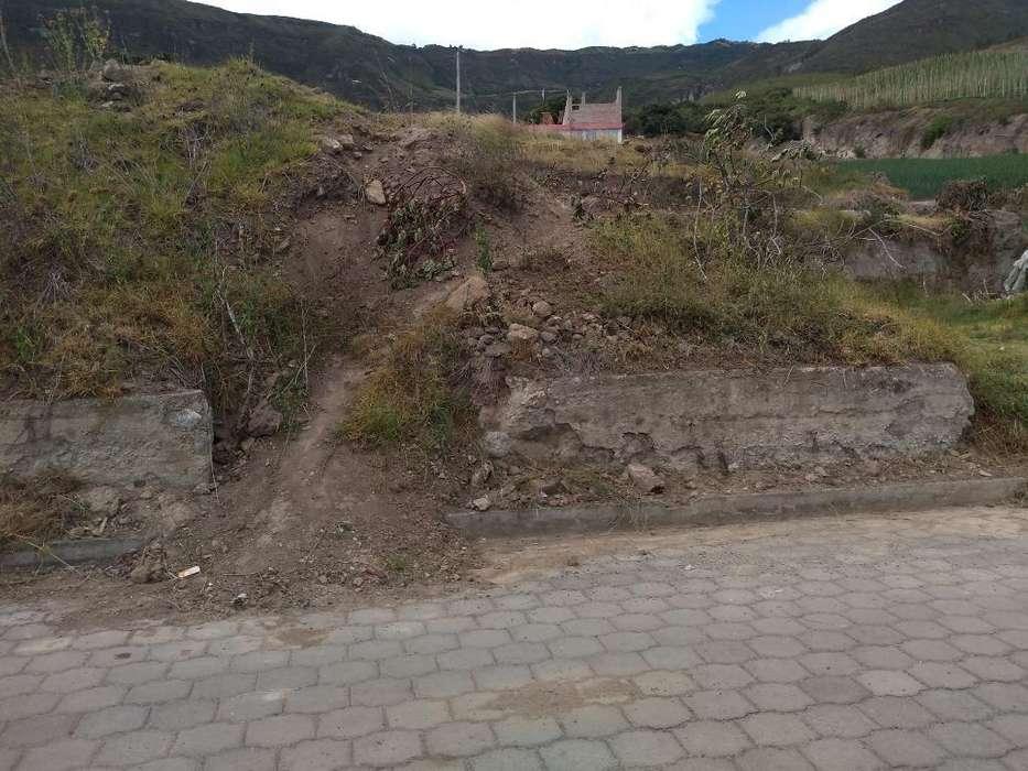 Vendo Terreno en El Pueblo Nuevo Carchi