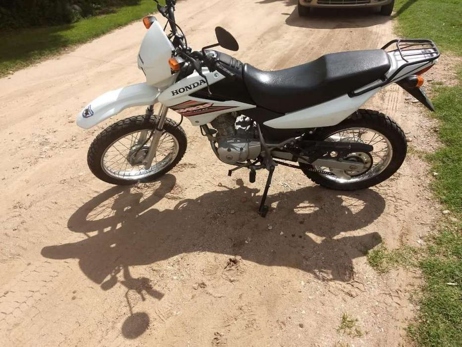 <strong>honda</strong> Bross 125 nxr 2009 impecable
